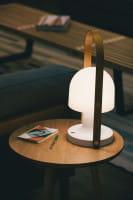 marset Tischleuchte LED FollowMe Ambiente Beistelltisch