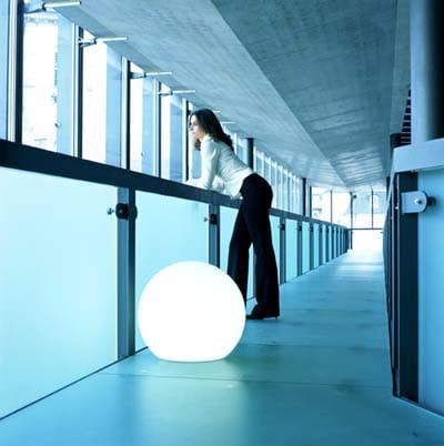 MAG Aufschraubsockel Ambiente Indoor Beton Flur Frau Weiß