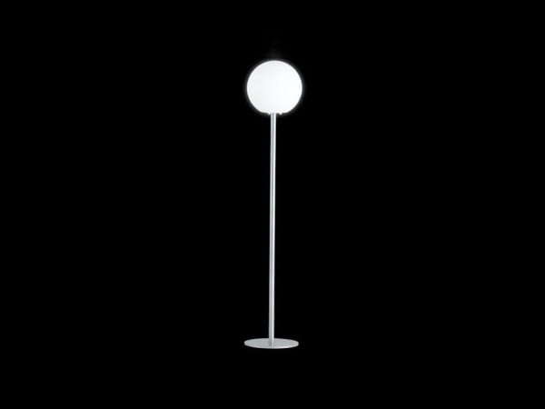 Stehlampe Globo Steel
