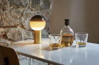 marset Tischleuchte LED Dipping Light Schwarz Ambiente Drinks