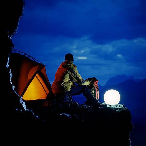 Moonlight Vollkugel Akkuleuchte BMFL Weiß Ambiente Klettern Zelt