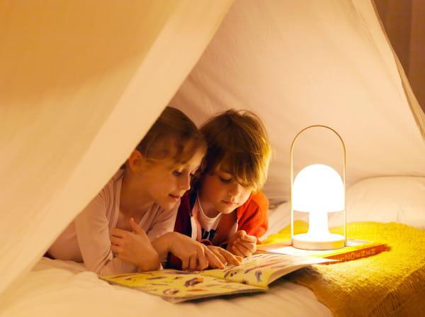 marset Tischleuchte LED FollowMe Ambiente Kinder lesen