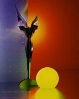 Moonlight Vollkugel Akkuleuchte BMFL Weiß mit Farbilter gelb Ambiente Stillleben