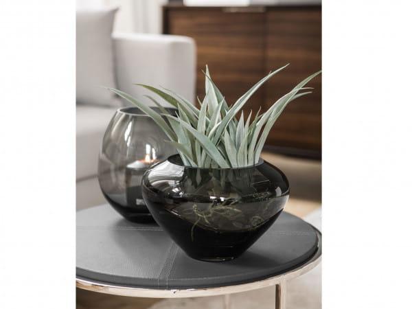 Fink Living Glasvase Savona - Grau, Ambiente mit Mio Vase