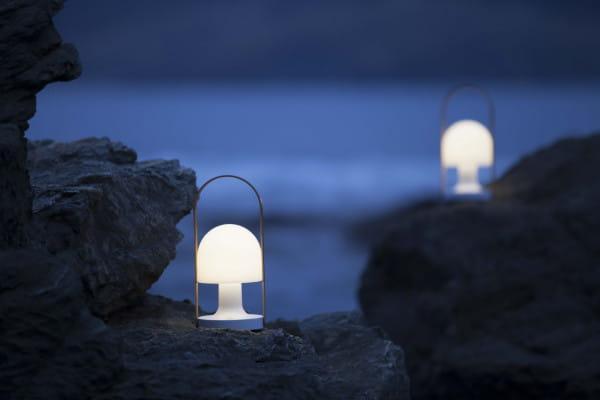 marset Tischleuchte LED FollowMe Ambiente Felsen Meer