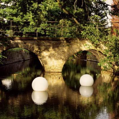 Moonlight MWV Schwimmleuchte Ambiente Brücke Teich
