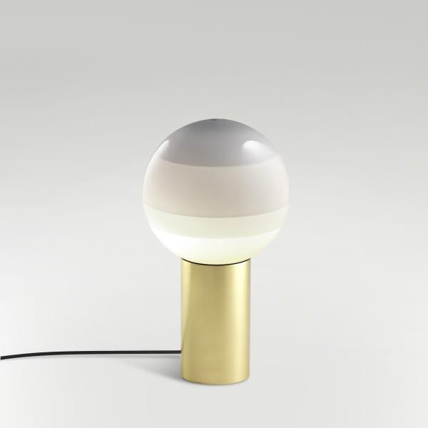 marset Tischleuchte LED Dipping Light Perlweiß Hintergrund